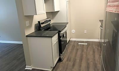 Kitchen, 606 Brookside Dr, 2