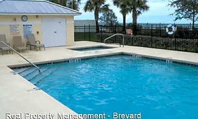 Pool, 860 Vignoles Ave NE, 2