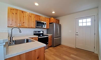 Kitchen, 3354 S 30th Ave, 1