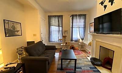 Living Room, 1462 Neil Ave, 2