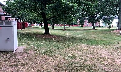 Cambridge Square Grand Rapids, 2