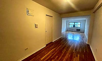 Living Room, 2875 Bainbridge Ave, 1
