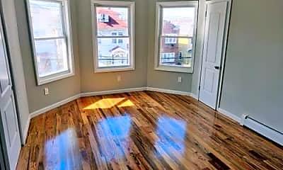 Living Room, 319 N High St, 0
