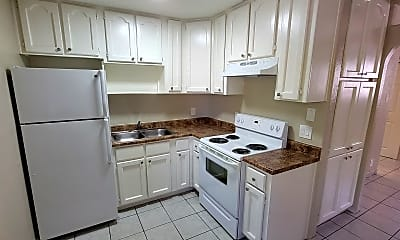 Kitchen, 769 E Pierce St, 1