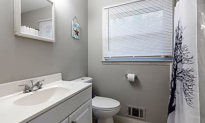 Bathroom, Room for Rent -  a 5 minute walk to bus 74, 1