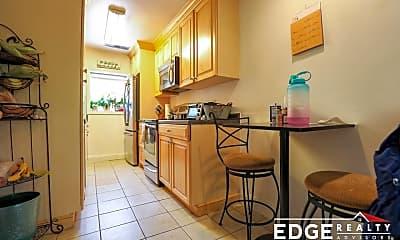 Kitchen, 168 Newton St, 1