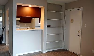 Bedroom, 1500 Bay Area Blvd. R-195, 1