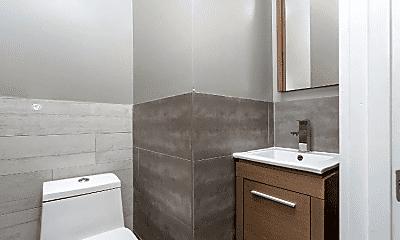 Bathroom, 1923 Palmetto St, 2