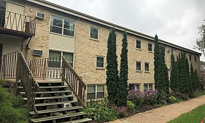 Parkwood Arms Apartment, 0