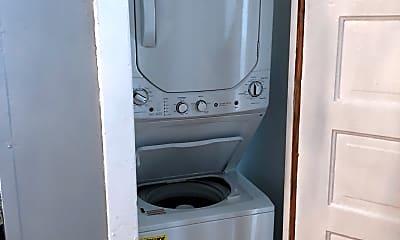 Bathroom, 2216 W 24th St, 1