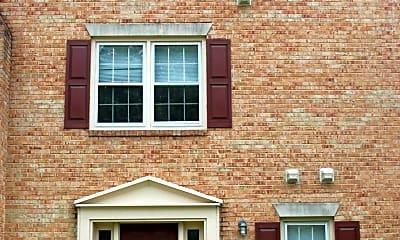 Building, 1069 N George Mason Dr, 1