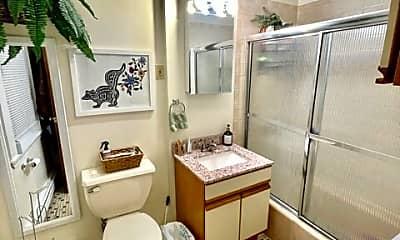 Bathroom, 4 Fleet St, 1