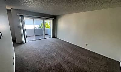 Living Room, 1525 Brookvale Dr, 1