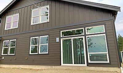 Building, 1166 E Grover St, 2
