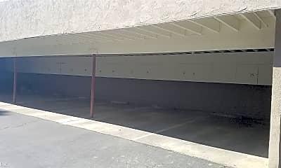 Bathroom, 700 W Pleasant Valley Rd, 2