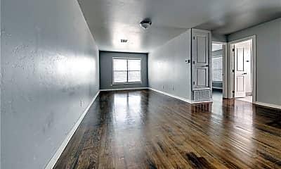Living Room, 1221 N Blackwelder Ave 12, 1