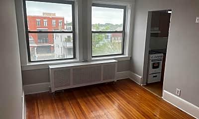 Living Room, 611 Bangs Ave 4C, 0