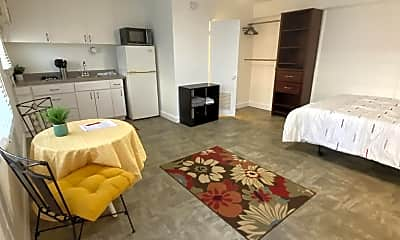 Living Room, 235 Lili?uokalani Ave, 0