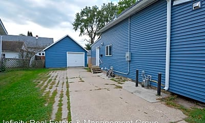 Building, 1428 E Center St, 1