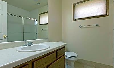 Bathroom, Pines, The, 2