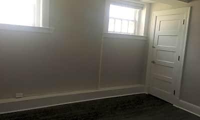 Bedroom, 2123 Shady Ave, 2