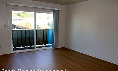 Living Room, 5235 Riverside Ave, 1