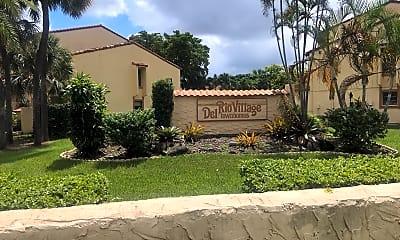 Del Rio Village Townhomes, 1