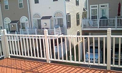 Patio / Deck, 434 Phelps St, 2