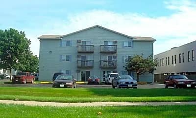 Southridge Apartments, 1