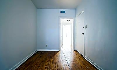 Bedroom, 8208 S Drexel Ave, 1