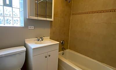 Bathroom, 1711 W Estes Ave 1S, 2
