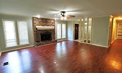 Living Room, 5 Hickory Ln, 1