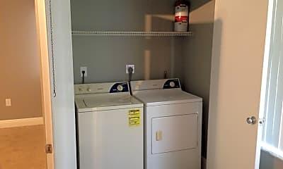 Bathroom, 2890 N Oakland Forest Dr, 1