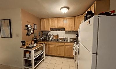 Kitchen, 1013 St Paul St, 1