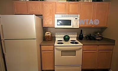 Kitchen, 3711 Medical Dr, 2