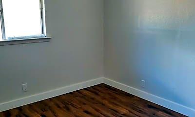 Bedroom, 302 Hollenbeck Ave, 2