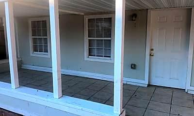 Patio / Deck, 925 Phillips St 1, 1