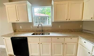 Kitchen, 3614 Short St, 2