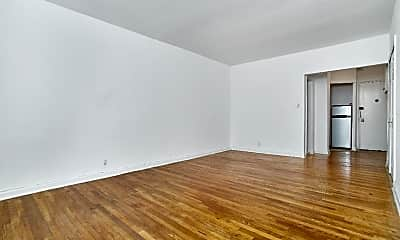 Bedroom, 12 W 9th St, 1