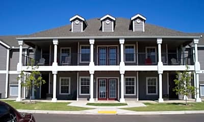 Savannah House of Yukon, 0