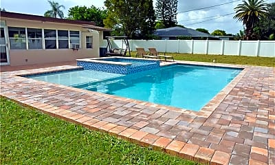 Pool, 4529 SE 9th Pl, 0