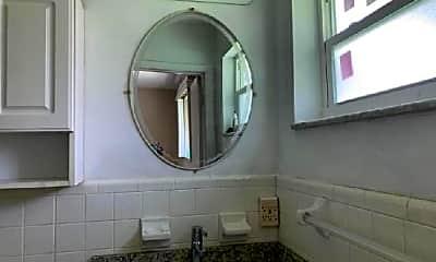 Bathroom, 8640 NW 32nd St, 0