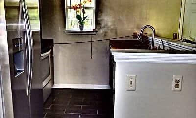 Kitchen, 24 Egrets Nest Ln, 1