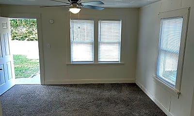Bedroom, 304 E 18th St, 2