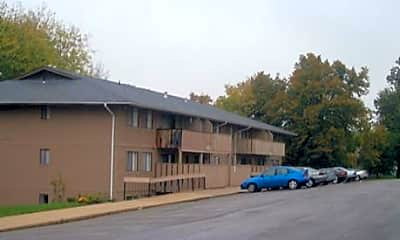 Skyline Drive Apartments, 1