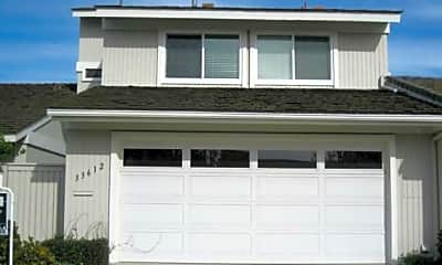 Building, 33612 Halyard Dr, 1