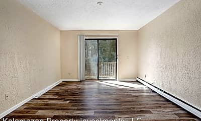 Living Room, 1313 Huntington Ave, 1
