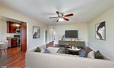 Living Room, 3500 Glen Park Rd, 0