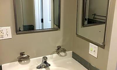 Bathroom, 10 Olmsted Dr, 2