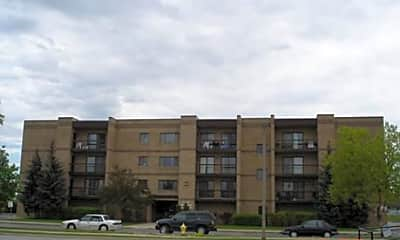 7 East Piper Lane Apartments, 0